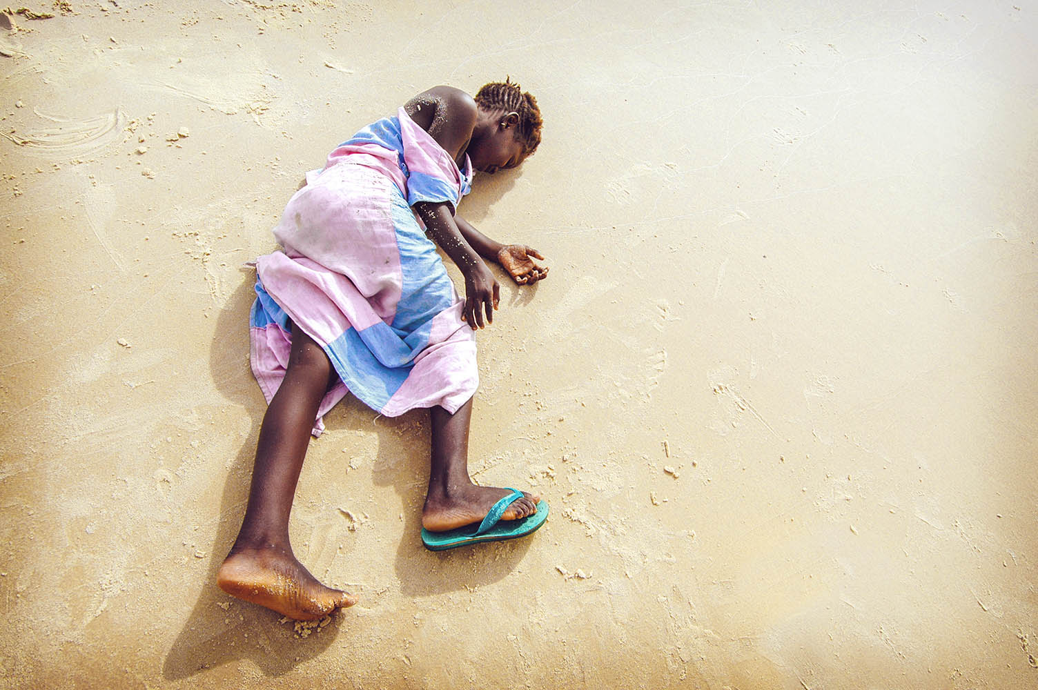 SENEGAL - SEPTEMBER 16: unidentified girl from the island of Car